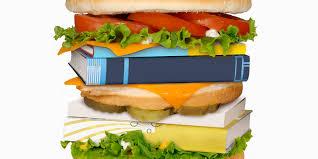 یک همبرگر حاوی کتاب